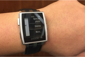 pebble android wear özellikleri